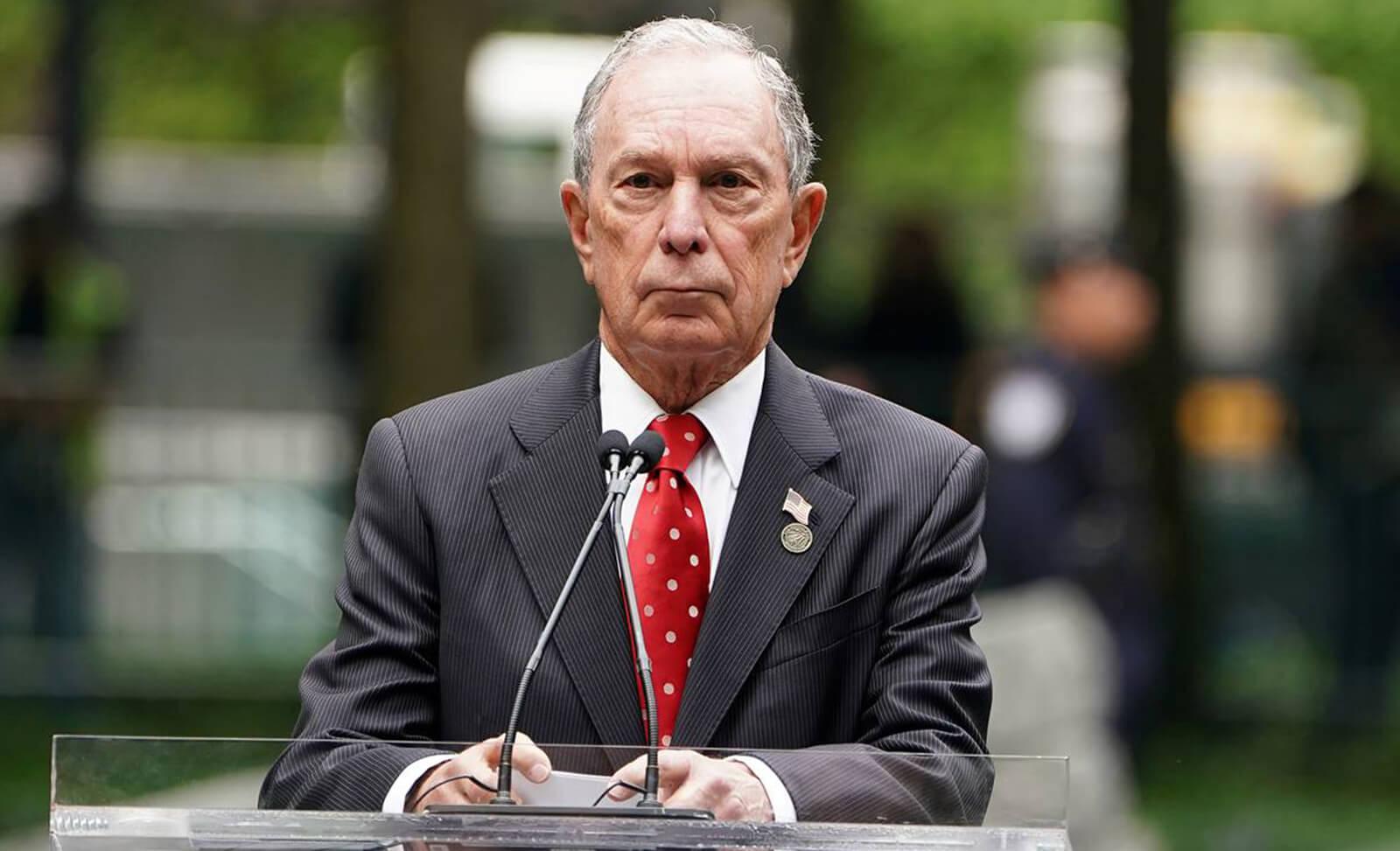 Michael Bloomberg viene por tu vape